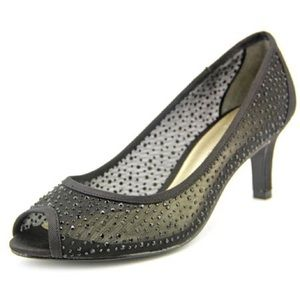 Adrianna Papell Boutique Jessie Shiny Black Shoes